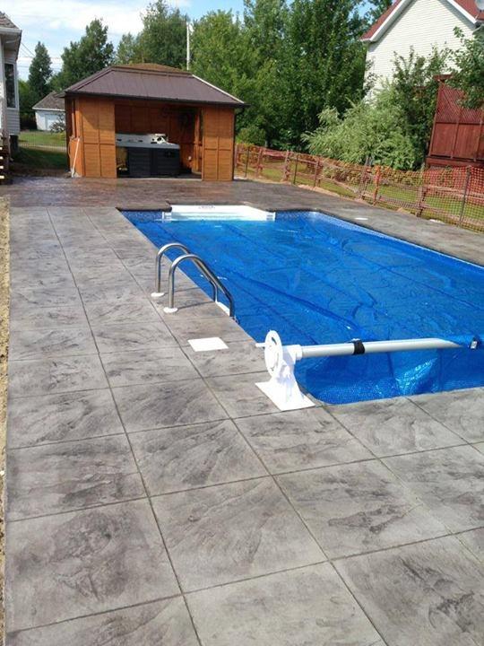 B ton estamp design piscine 01 b ton estamp design for Piscine beton design